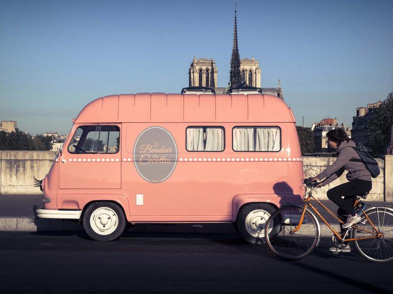 A-tester-le-Beauty-Van-itinerant-by-Le-Boudoir-des-Cocottes_exact780x585_l