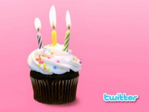 Retrouvez votre premier tweet pour les 8 ans de Twitter !