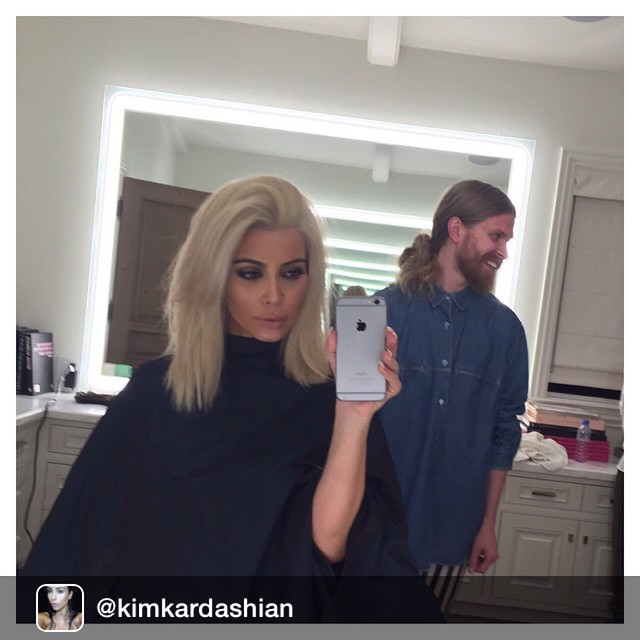 Kim Kardashian blonde platine