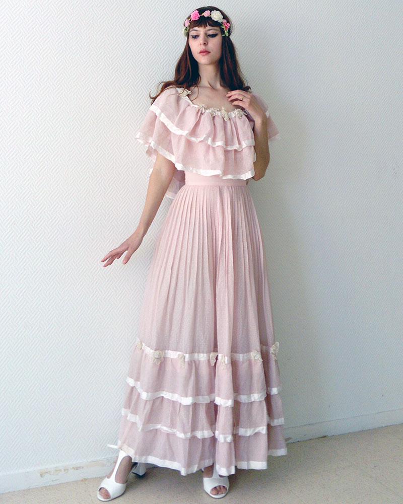 Style rrobe longe rosée à la mode retro